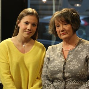 Emmy Himmelroos och Monika Fagerholm