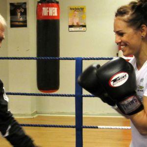 Boxare Eva Wahlström med sin trenare Risto Meronen