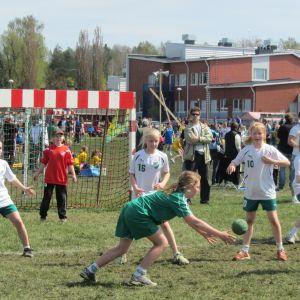 Skuru IK:s tjejer födda 2001 förlorade sin match mot Grankulla ifk på straffar.