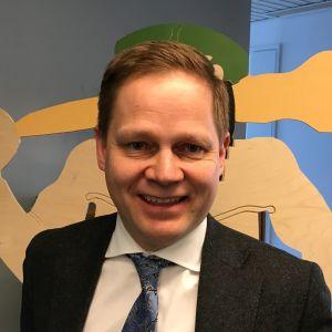 kansanedustaja Markus Lohi (kesk.)