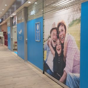 Koronarokotuspaikka sijaitsee Lappeenrannassa kauppakeskus Iso-Kristiinassa.