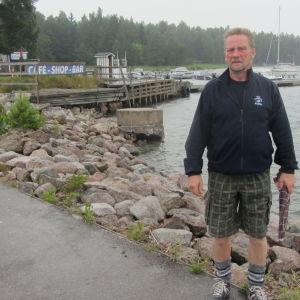 Michael Eriksson vid Kabböle Marina i Lovisa