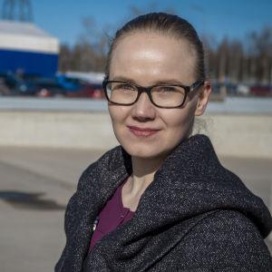 Oulun yliopiston ilmastotutkija Mira Hulkkonen