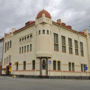 Vasa stadsteaters byggnad i centrum av Vasa.
