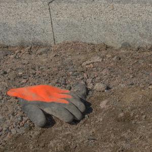 bild på en byggarbetar hanske