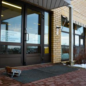 Ingång, Pargas hälsovårdscentral.