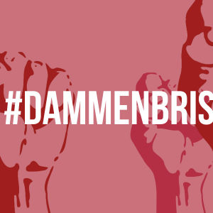 Hashtagen #dammenbrister, i bakgrunden med knytnävar knutna i kamptecken.