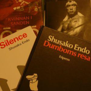 Några japanska romaner, Shusako Endos verk i förgrunden