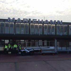 Maarianhaminan lentoasema