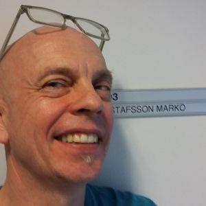 Marko Gustafsson ei niin virallisessa passipotretissa