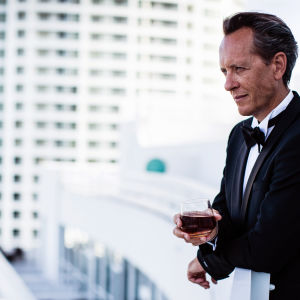 Näyttelijä Richard E. Grant esittelee jälleen hulppeita hotelleja eri puolilta maailmaa.