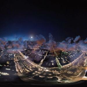yöllinen kuva Helsingistä ilmasta kuvattuna