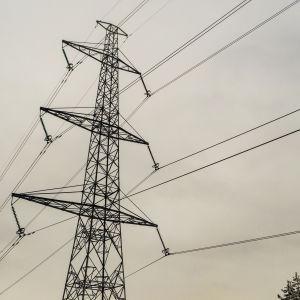 Ilmakuva sähköjohdoista