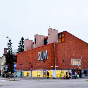 Saunabaari är Månsas invånarhus.