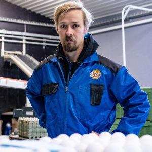 Jussi Rekola är äggproducent i Egentliga Finland. Han odlar också spannmål och sockerbetor.
