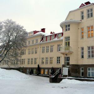Huvudbyggnaden vid Roparnäs sjukhus i Vasa