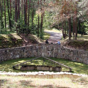 Historia: Holokaustin pakotunneli