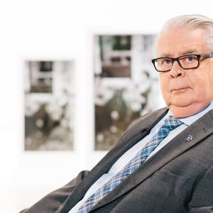 Kalervo Kummola tunnetaan jääkiekon rautakanslerina. Uraan mahtuu myös tv-bisnestä, politiikkaa ja kulttuuria.