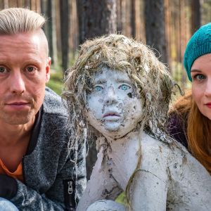Egenland-ohjelman juontajat Nicke Aldén ja Hannamari Hoikkala.