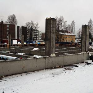 Ylivieskan uuden kirkon rakennustyömaa 16.1.2020.
