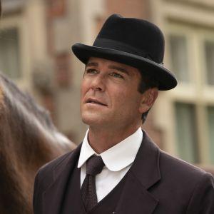 Rikosetsivä William Murdoch penkoo Toronton mysteereitä draamasarjan 13. kaudella.