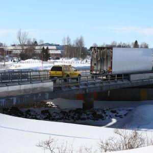Rekka ylittämässä valtakunnan rajaa Suomesta Ruotsiin