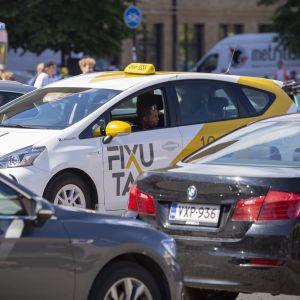 Taxibilar i Helsingfors.