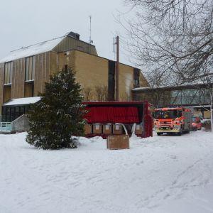 Räddningsverket är på plats på Raseborgsinstitutet