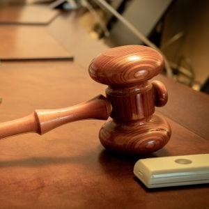 Lakikirjoja Korkeimmassa oikeudessa