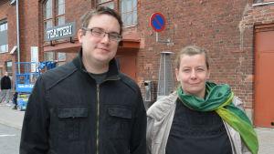 Robert Ojala och Mia Bäck.