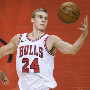 Lauri Markkanen spelar för Chicago Bulls.