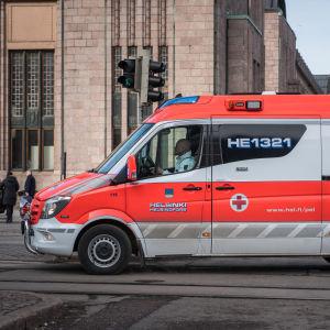 Ambulanssi Helsingissä