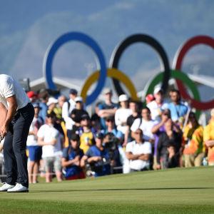 Henrik Stenson golfar i Rio
