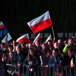 Människor har samlats för att delta i minnesceremonin 80 år efter andra världskriget i Gdansk, Polen. De största högtidligheterna ska äga rum i huvudstaden Warszawa.