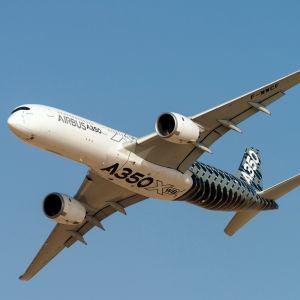 Airbus A350XWB visas upp i Dubai 2015.
