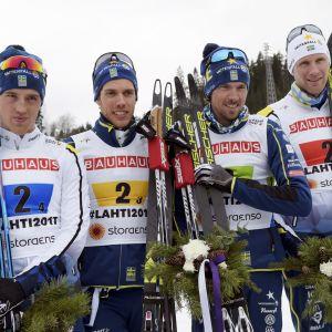 Calle Halfvarrson, Marcus Hellner, Johan Olsson och Daniel Rickardsson vann brons i herrstafetten.