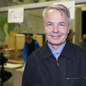 Pekka Haavisto, eurovaalit, äänestäminen, Kulosaaren ala-aste, äänestyspaikka