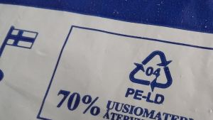 Muovikassin materiaalin merkki 04 LK