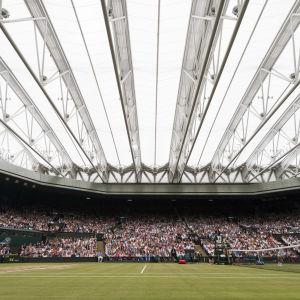 Bild på Wimbledons Centre Court.