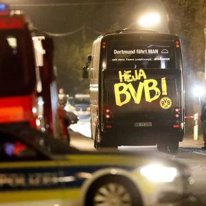 Borussia Dortmunds buss efter attentatet den 11 april 2017.