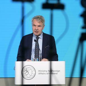 Ulkoministeri Pekka Haavisto kertoi Suomen valinnasta YK:n ihmisoikeusneuvoston jäseneksi tiedotustilaisuudessa Helsingissä.