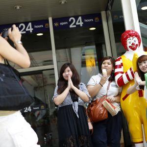Kinesiska turister i Thailand i april 2013