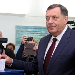 Bosnienserbernas president, nationalistledaren Milorad Dodik drev igenom den omstridda folkomröstningen om serbernas nationaldag