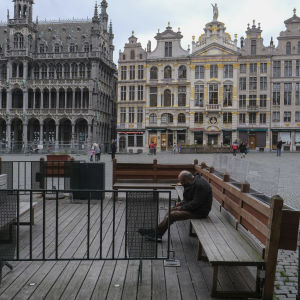 Ett tomt Grand Place i centrala Bryssel.