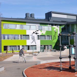 Kugnsvägens skola i Sibbo (Nickby hjärta)
