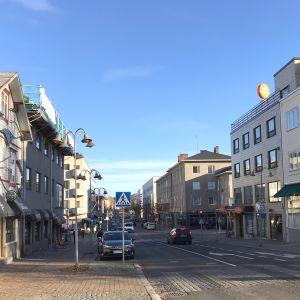 Riihimäen keskusta Hämeenkadulta kuvattuna.