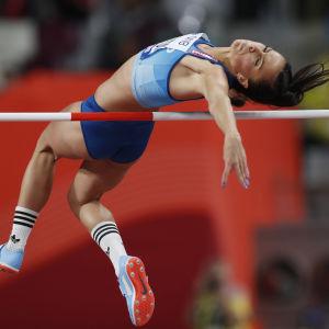Maria Huntington hoppar höjd.