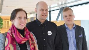 Anette Karlsson (SDP) kandidat i Nyland, Dan Koivulaakso (Vänstern) kandidat i Helsingfors, Benjamin Ellenberg (SFP) kandidat i Helsingfors