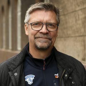 Jukka Jalonen är hockeylandslagets chefstränare.