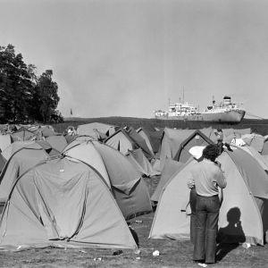 Ruisrockin leirintäalue. Telttoja.